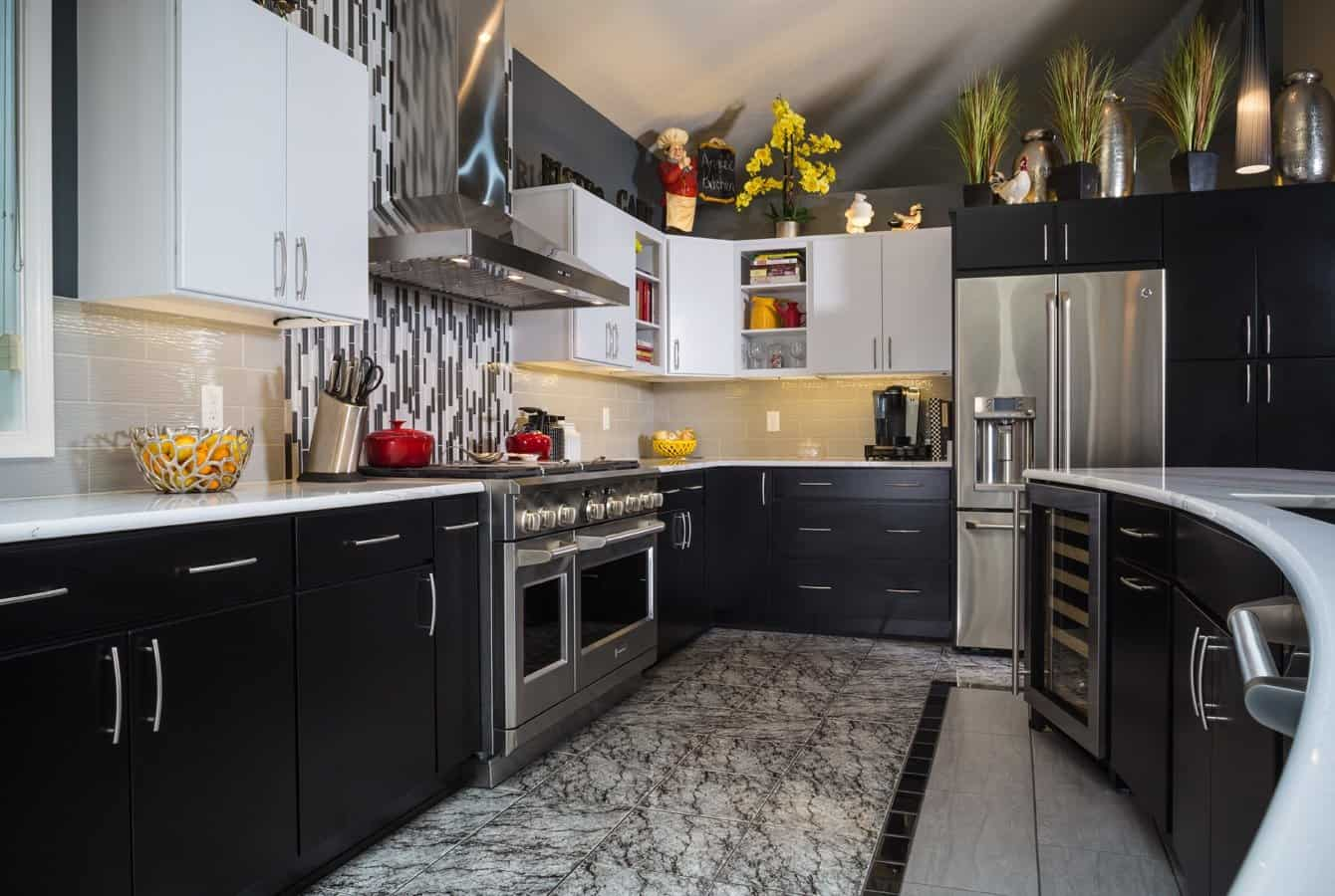 Contemporary Kitchen, East York, PA
